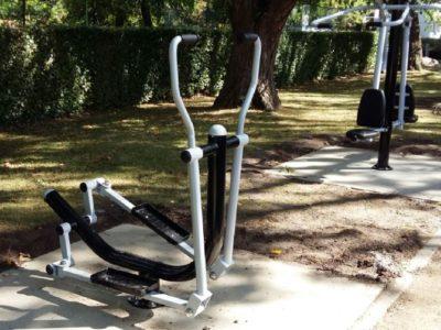 Fitnesstoestellen in het park – inschrijven voor bootcamp